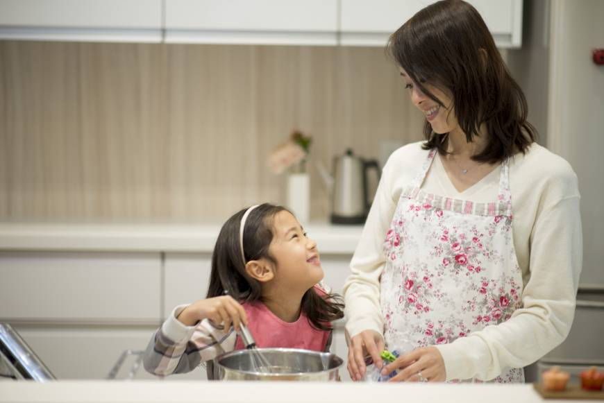 Mẹ Nhật là người mẹ Á Đông, họ hướng con gái học cách tự lập nhưng vẫn biết yêu thương, đoàn kết cùng mọi người